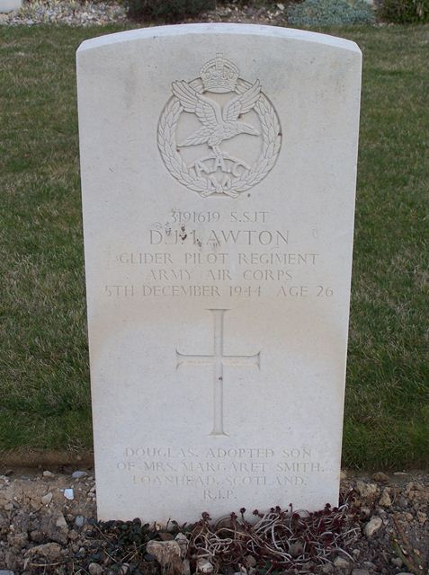Tombe S/Sgt Lawton