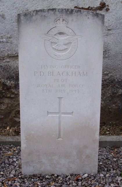 Tombe F/O Blackham