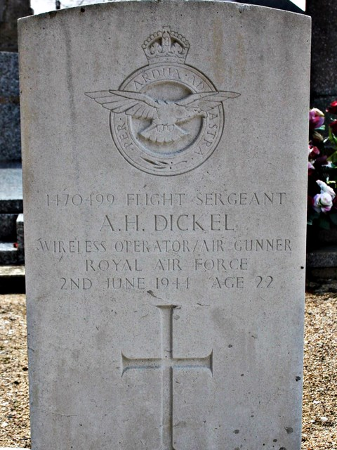 Tombe F/Sgt Dickel