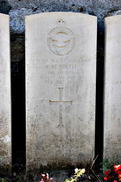 Tombe F/Sgt Firth