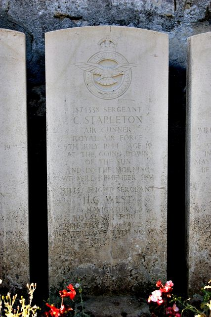 Tombe Sgts Stapleton & West