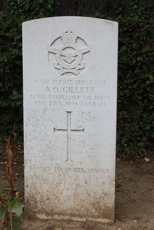 Tombe F/Sgt Gillett
