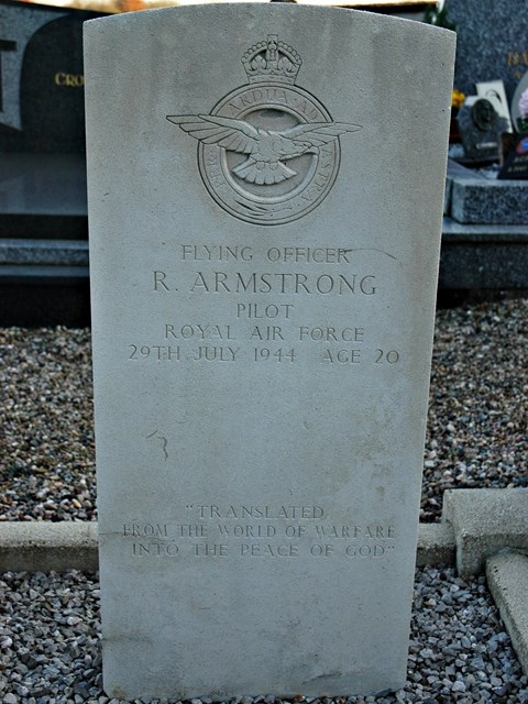 Tombe jointe F/O Armstrong - LAC Lawes