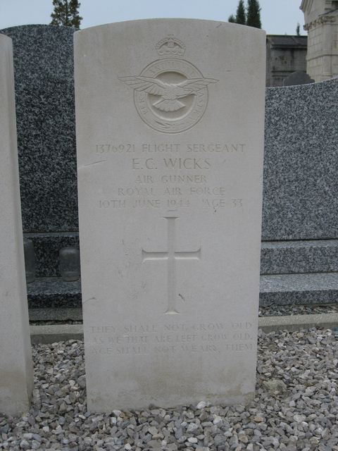 Tombe F/Sgt Wicks