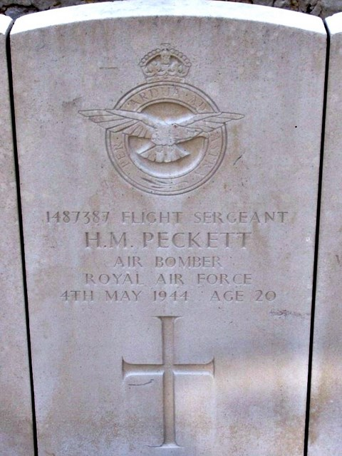Tombe F/Sgt Peckett