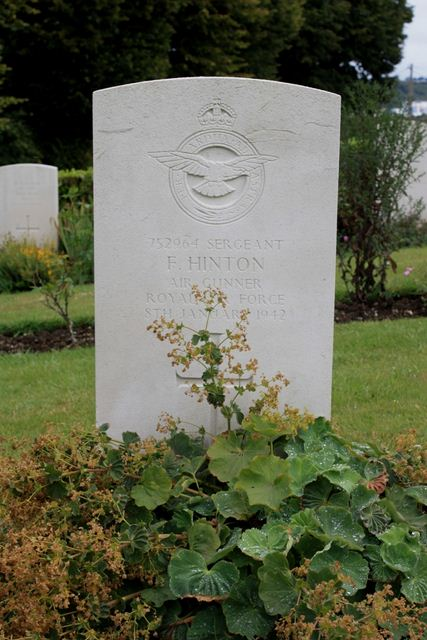Tombe Sgt Hinton