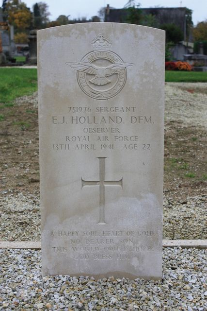 Tombe Sgt Holland