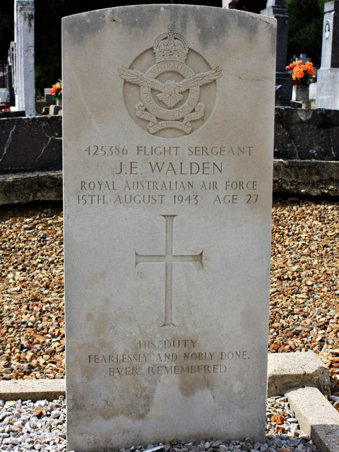 Tombe F/Sgt Walden